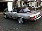 1987 Mercedes 560SL Picture 2