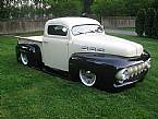 1948 Ford F1 Picture 2