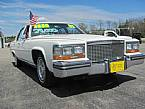 1987 Cadillac Fleetwood Picture 2