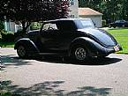 1937 Ford Convertible Picture 2