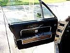 1966 Lincoln Convertible Picture 2