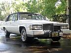 1990 Cadillac Brougham Picture 2