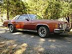 1975 Pontiac Grand Prix Picture 2