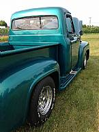 1955 Ford F100 Picture 2