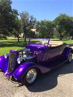 1934 Ford Roadster Picture 2