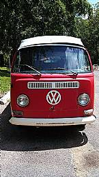 1971 Volkswagen Bus Picture 2