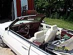 1986 Chrysler LeBaron Picture 3