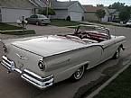 1957 Ford Skyliner Picture 3