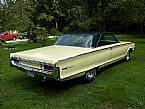 1965 Chrysler Newport Picture 3