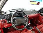 1990 Ford Mustang Picture 3