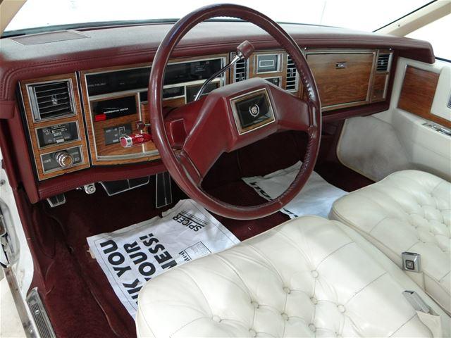 T on 1982 Cadillac Fleetwood Interior
