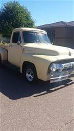 1954 Ford F100 Picture 3