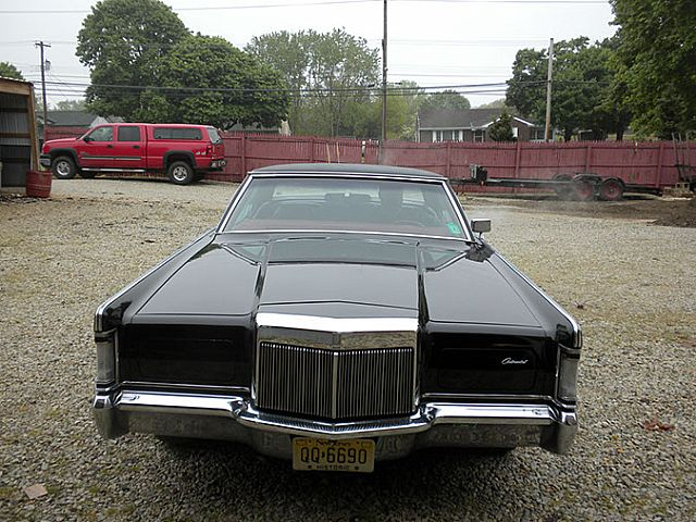 Front on Lincoln Mk Viii
