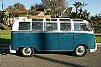 1967 Volkswagen Bus Picture 3