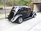 1935 Ford Tudor Picture 3