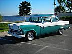 1955 Ford Fairlane Picture 3