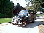 1953 Willys Overland Wagon Picture 3