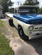 1957 Ford F350 Picture 3