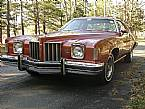 1975 Pontiac Grand Prix Picture 3