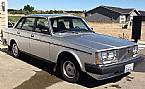 1985 Volvo 240DL Picture 3