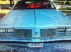 1977 Oldsmobile Custom Cruiser Picture 3