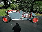 1929 Ford Convertible Picture 4