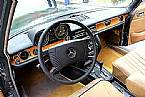 1975 Mercedes 280 Picture 4