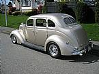 1937 Ford Bustle Back Sedan Picture 4