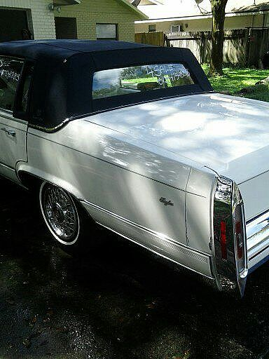 Family on 2000 Cadillac Deville Interior