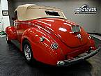 1940 Ford Convertible Picture 5