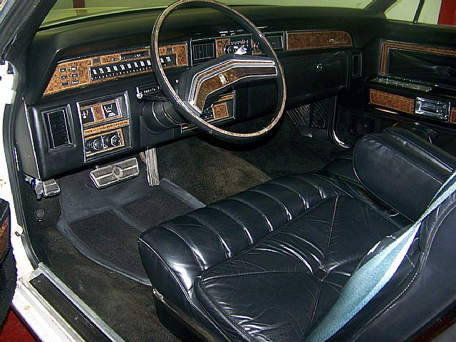 lincoln town car sedan the official site of the lincoln html autos weblog. Black Bedroom Furniture Sets. Home Design Ideas