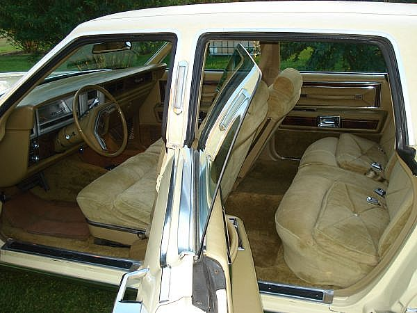 lincolns for sale browse classic lincoln classified ads. Black Bedroom Furniture Sets. Home Design Ideas
