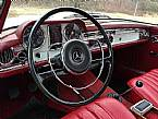 1966 Mercedes 230SL Picture 5