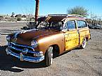 1951 Ford Woodie Picture 6