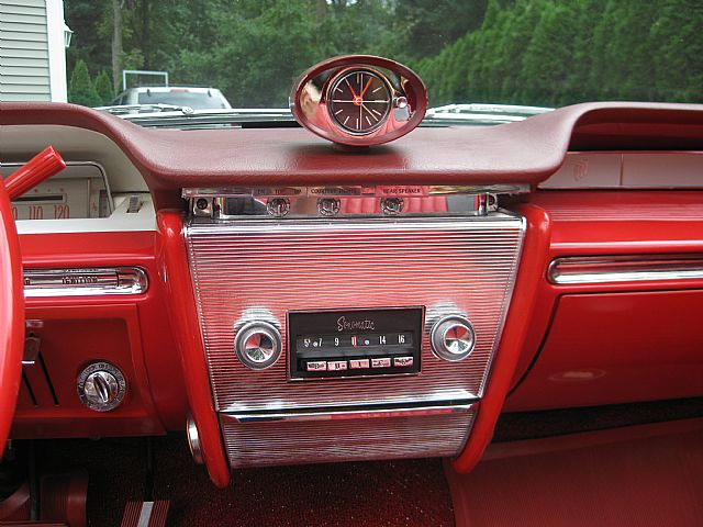 Img on 1964 Buick Riviera Custom Interior