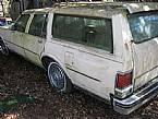 1984 Oldsmobile Custom Cruiser Picture 6
