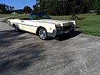 1966 Lincoln Convertible Picture 6