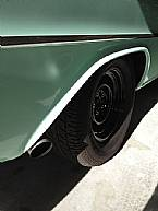 1960 Plymouth Suburban Picture 8