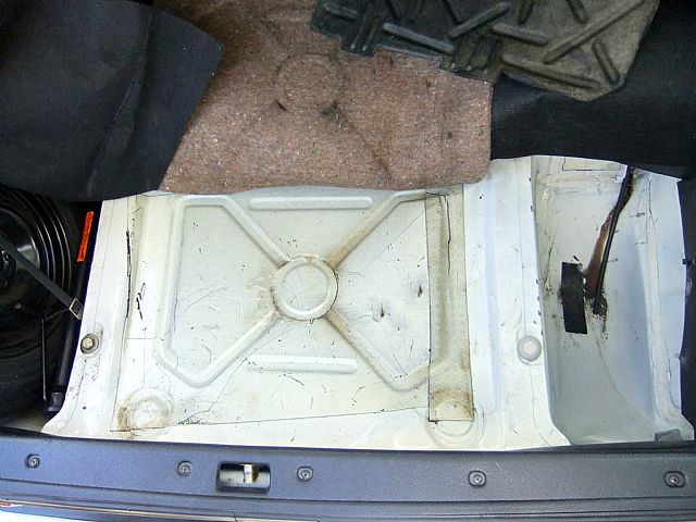 Interior Trunk Expose also  on 1982 volvo 240gl for sale cleveland ohio