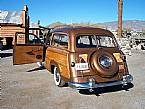 1951 Ford Woodie Picture 8
