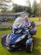 2010 Other Spyder Picture 2